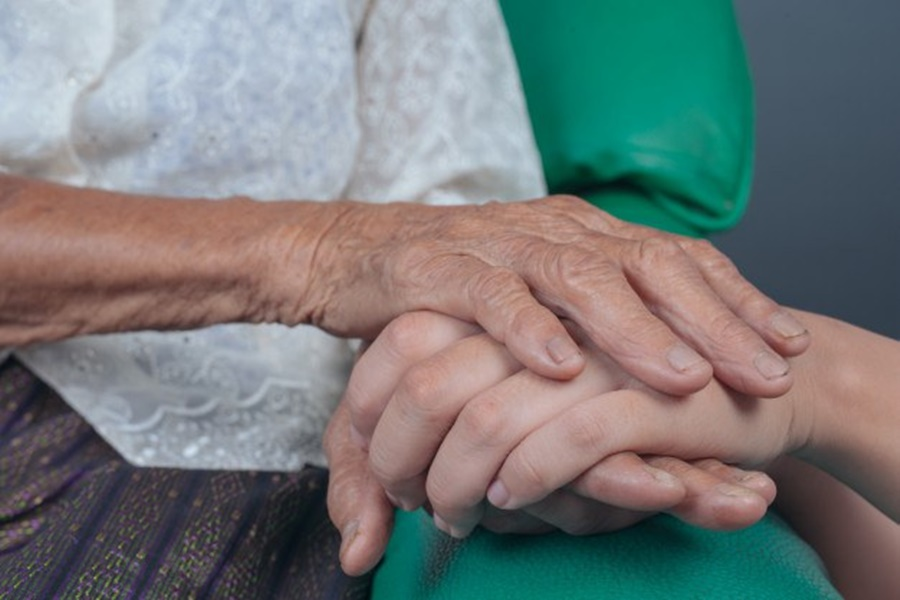 Imagem: idosa Governo Federal lança campanha de enfrentamento à violência contra a pessoa idosa