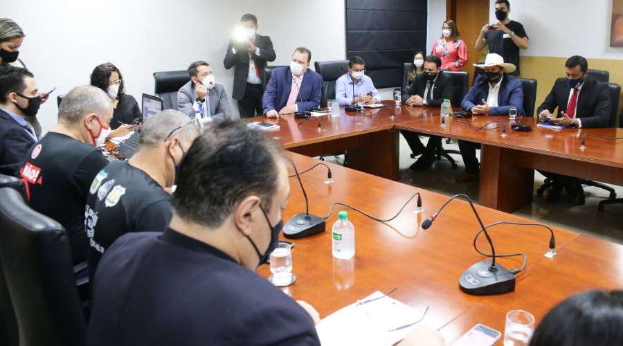 Imagem: reuniao forum almt Governo e servidores se reúnem na ALMT e divergem sobre RGA