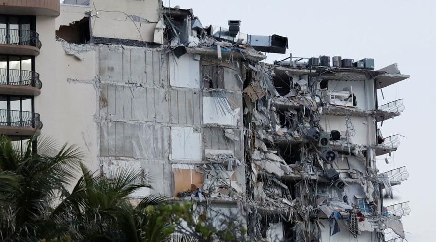 Imagem: 2021 06 24t111516z 874800582 rc2y6o9qe3vn rtrmadp 3 miami building 1 EUA concluem demolição de edifício que desabou na Flórida
