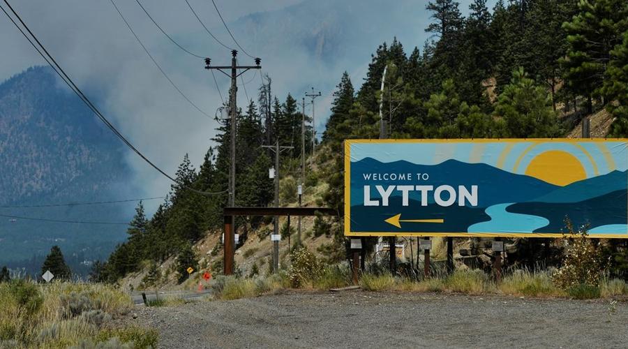 Imagem: 2021 07 01t214908z 1087592445 rc2pbo9gj2ne rtrmadp 3 canada weather Incêndio devasta vila canadense de Lytton