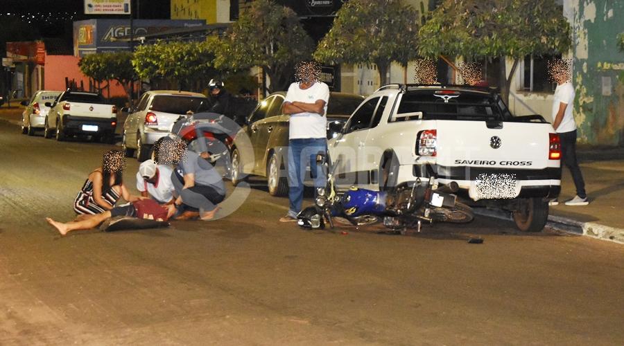 Imagem: Acidente grave Avenida Brasil Participacao Motociclista tem fratura exposta ao se envolver em acidente na Avenida Brasil