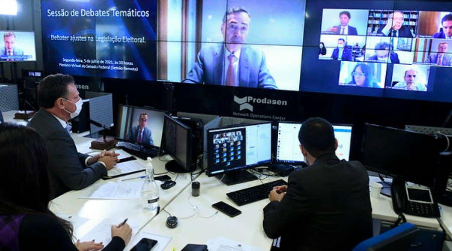 Imagem: Barroso senado TSE afirma que voto impresso aumenta risco de fraudes