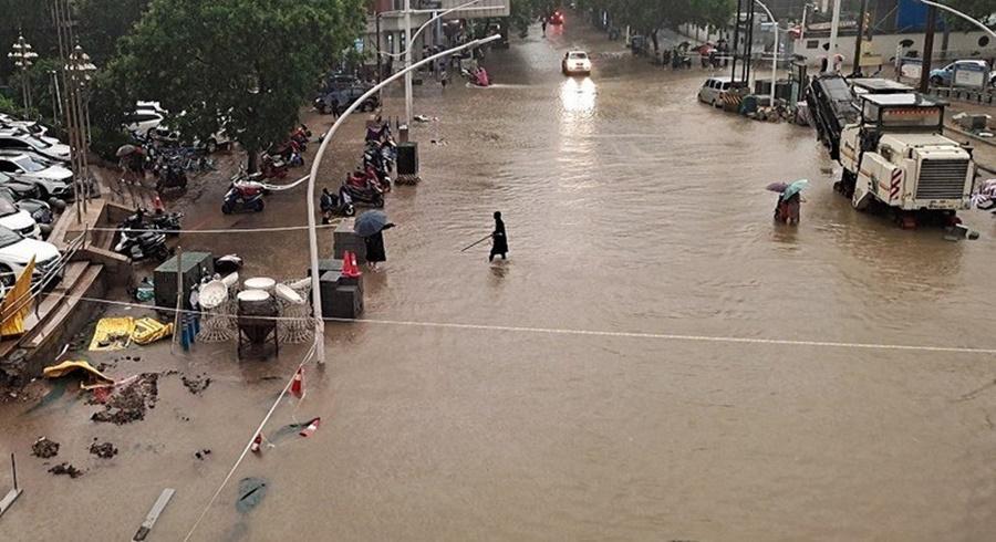 Imagem: CHUVAS NA CHINA Barragem pode se romper a qualquer momento na China