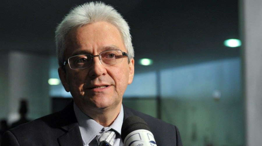 Imagem: Jose tostes RF Secretário diz que 20 mil recebem mais de R$ 230 bilhões sem pagar IR