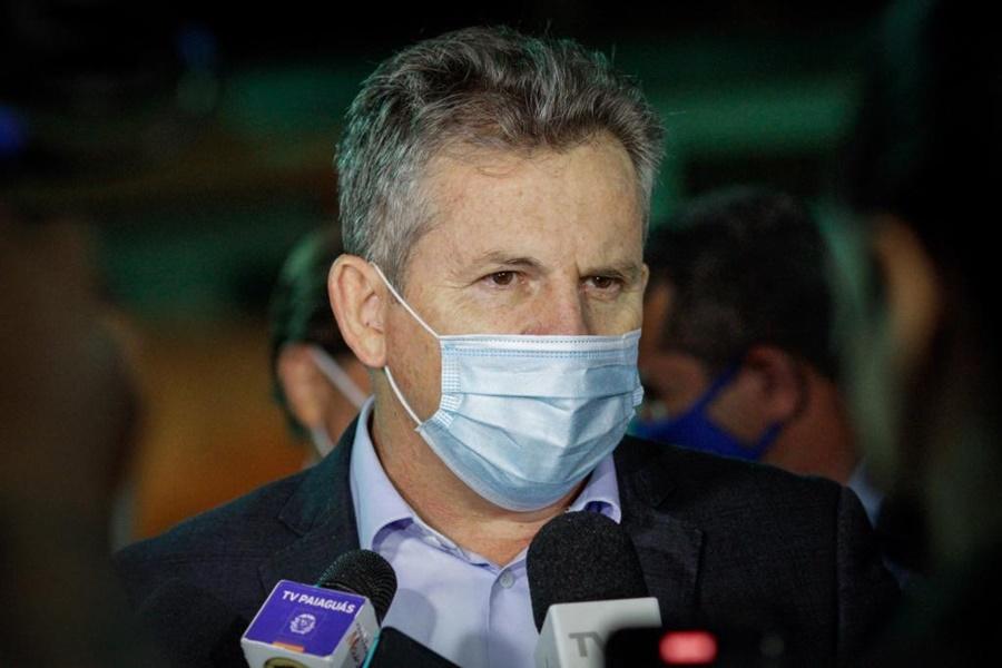 Imagem: Mauro Mendes 2 Governador sanciona lei que permite público testado ou vacinado nos estádios de MT