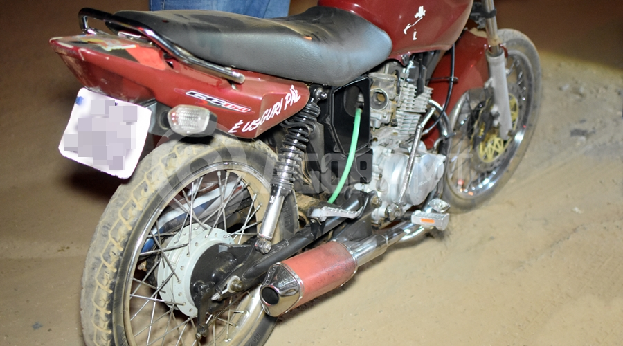 Imagem: Motocicleta usada pelo jovem Adolescente morre em hospital 7 dias após bater moto em muro