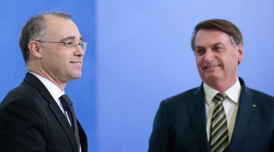 Imagem: andre bolsonaro Indicado ao STF, Mendonça conversa com senadores