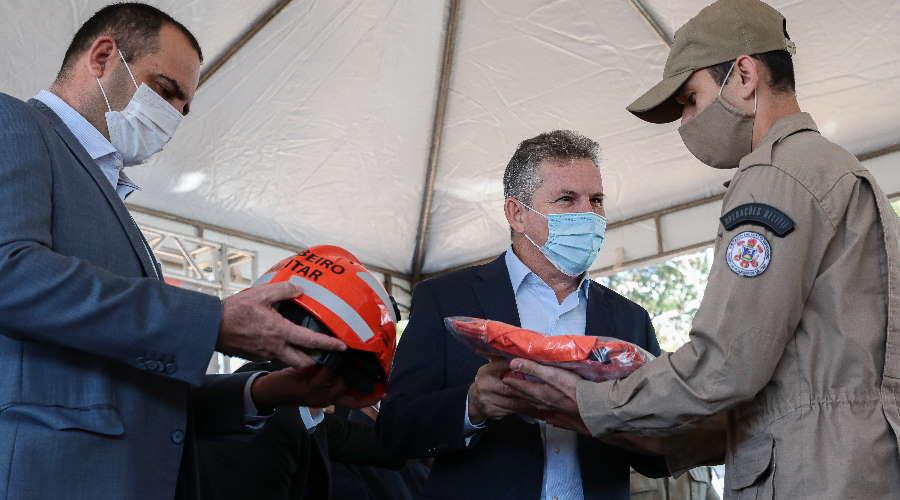 Imagem: mauro entrega Governo entrega viaturas e reforça combate aos incêndios florestais