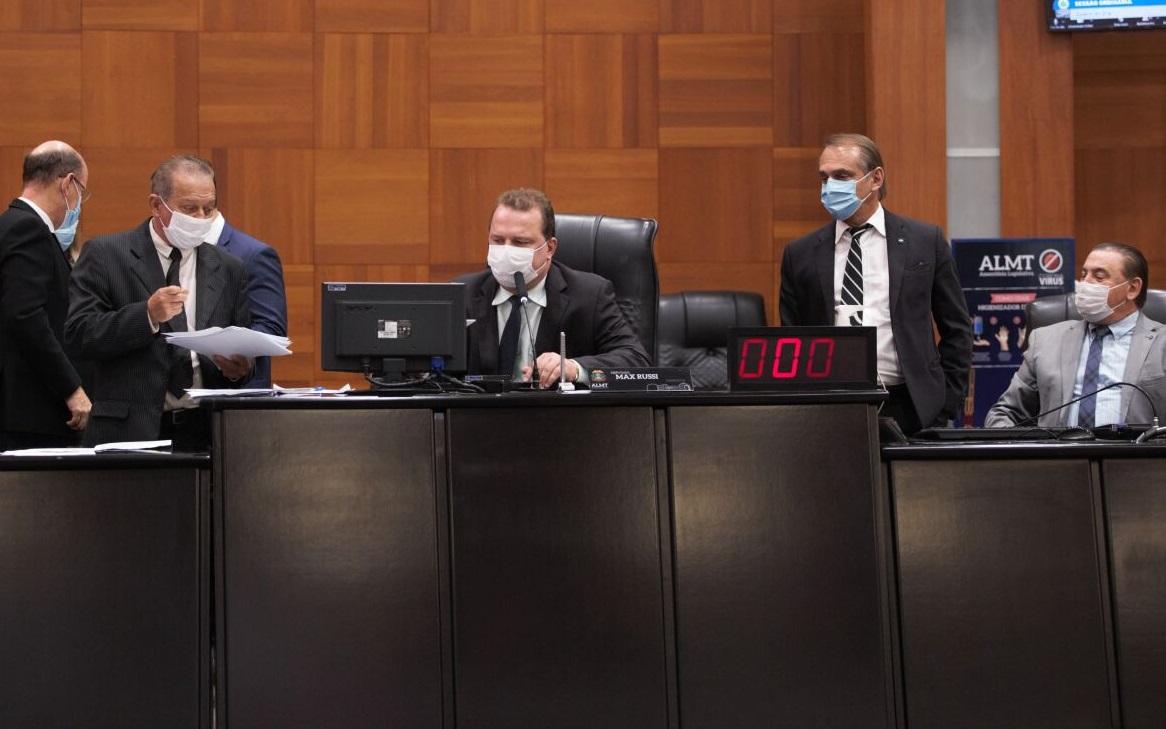 Imagem: plenario AL AL derruba decisão de conselheiro e mantém isenção da energia solar