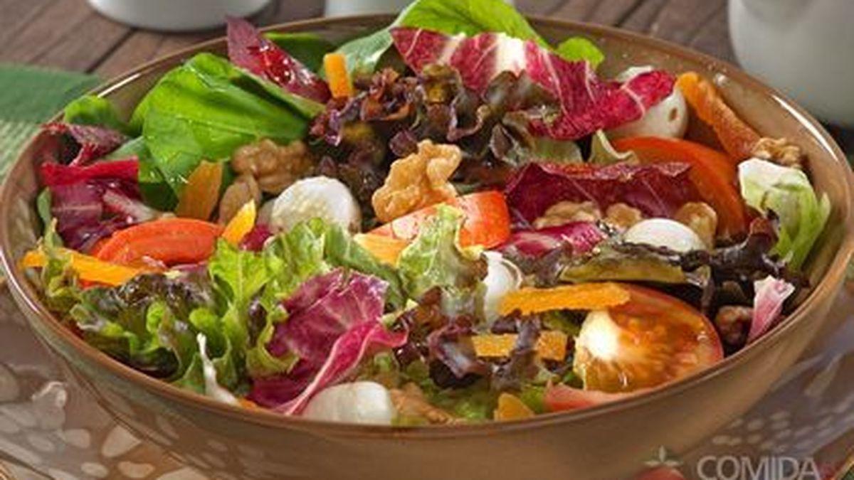 Imagem: saladaaa 3 receitas de saladas agridoces fáceis de fazer; confira