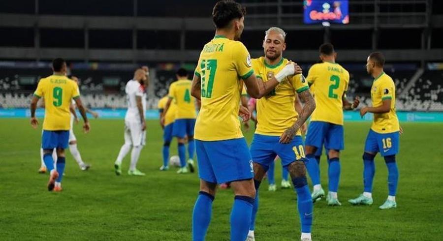 Imagem: selecao Brasil leva sufoco, mas bate Chile e vai à semi