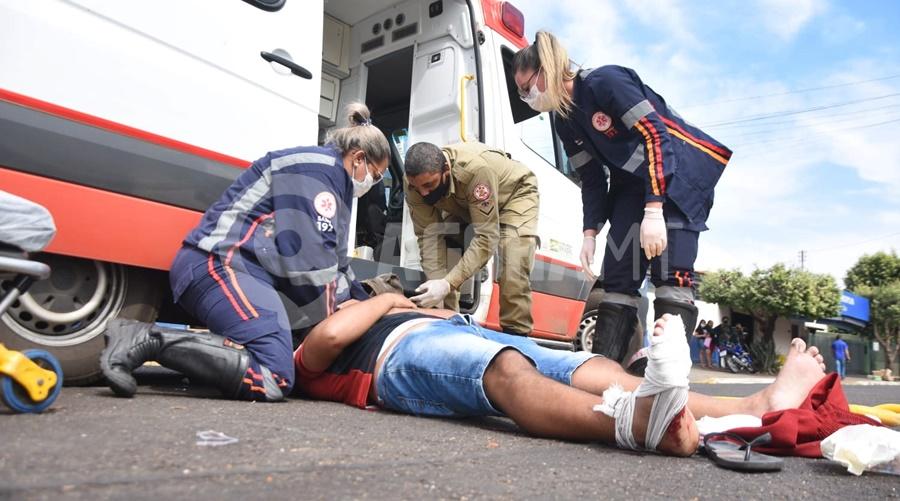 Imagem: acidente moto quarta Batida entre moto e carro deixa homem ferido no Centro