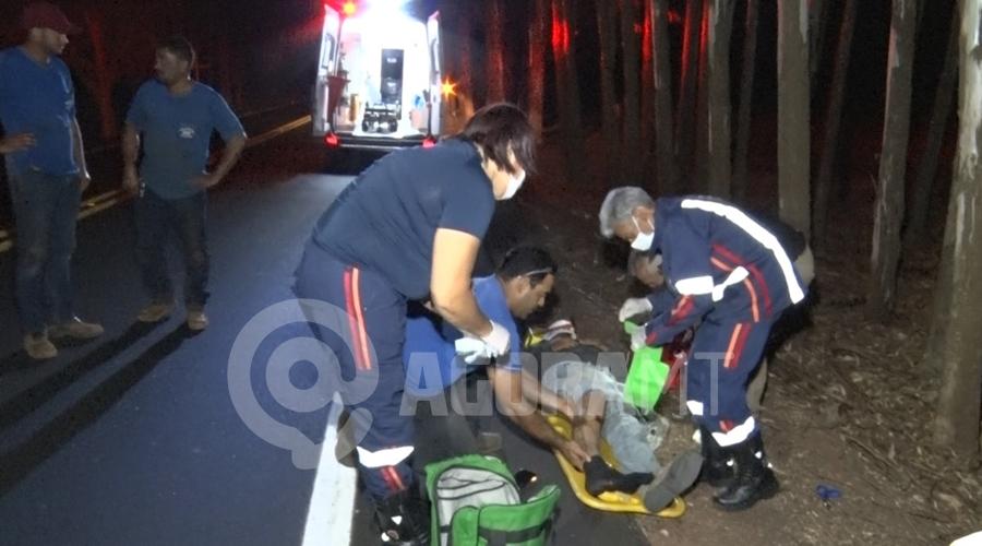 Imagem: ef1e7764 879b 409e a5f4 df22a9722701 Motociclista fica ferido após bater em caminhonete na MT-480