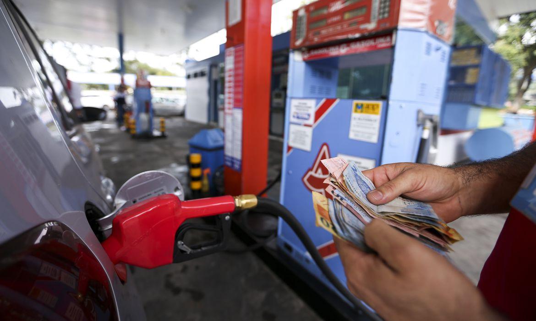 Imagem: gasolina etanol combustivel Petrobras defende política de preços e caminhoneiros voltam a falar em greve
