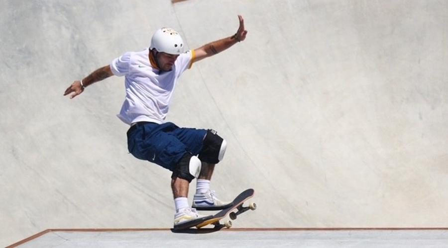 Imagem: pedro barros skate 05082021004500978 Pedro Barros voa e garante a medalha de prata no skate park