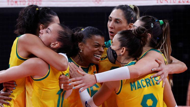 Imagem: volei fem toquio Brasil vira contra russas e está na semi do vôlei feminino em Tóquio
