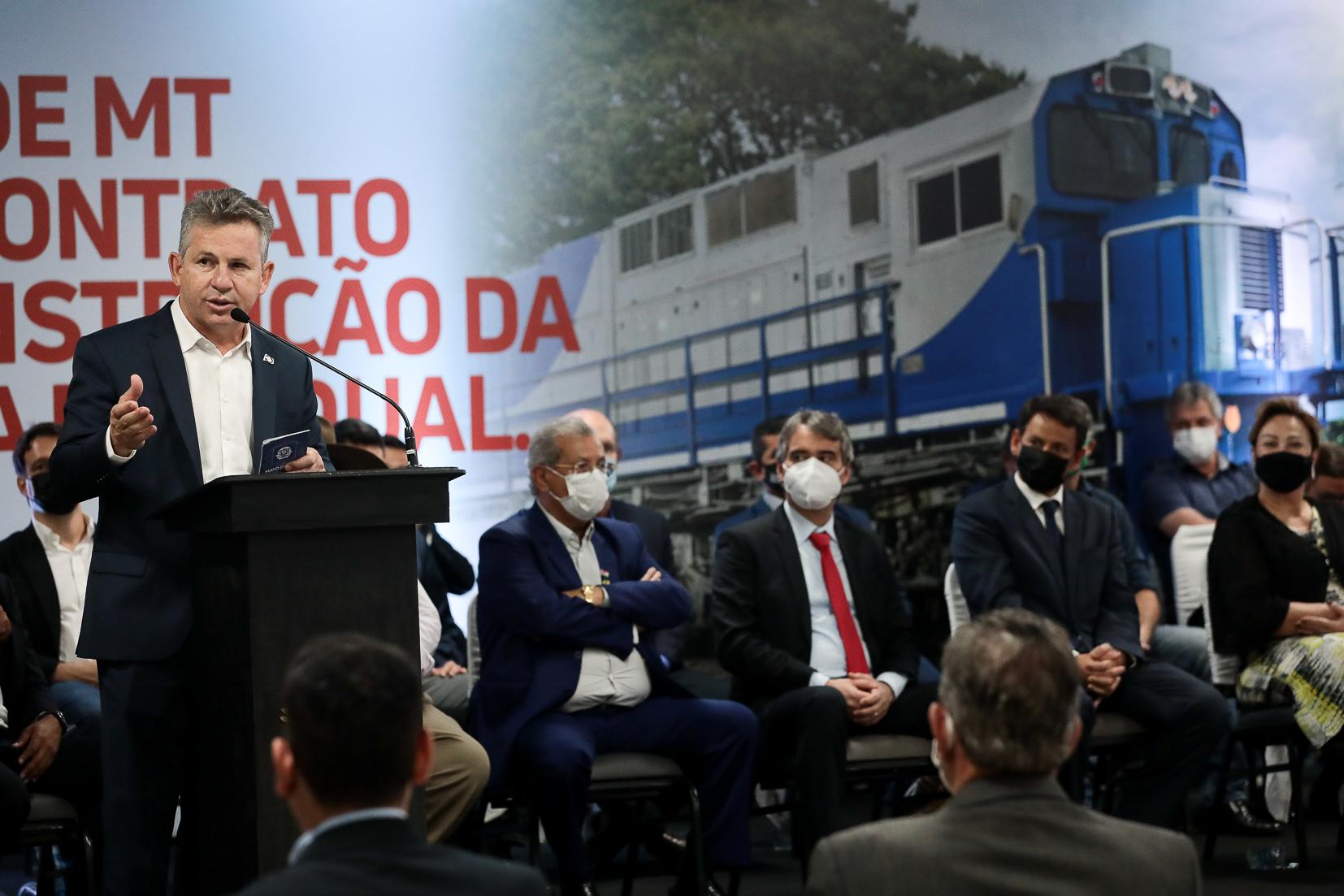 """Imagem: 9A1A0164 """"Vai ter mais serviço, mais renda, tudo vai se encaixar aqui"""", afirma morador de Lucas do Rio Verde com a 1ª Ferrovia Estadual"""
