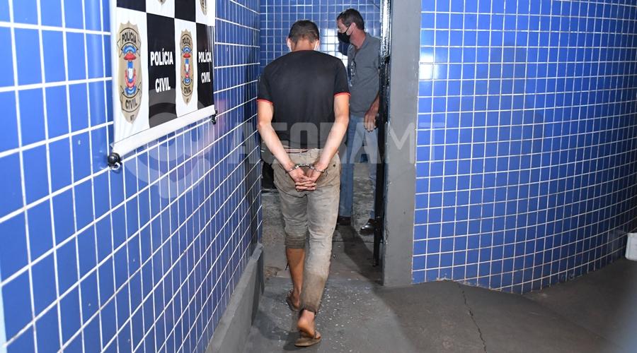 Imagem: Homem preso por tentar estuprar mulher em assentamento Indivíduo invade residência e tenta estuprar mulher na frente das filhas