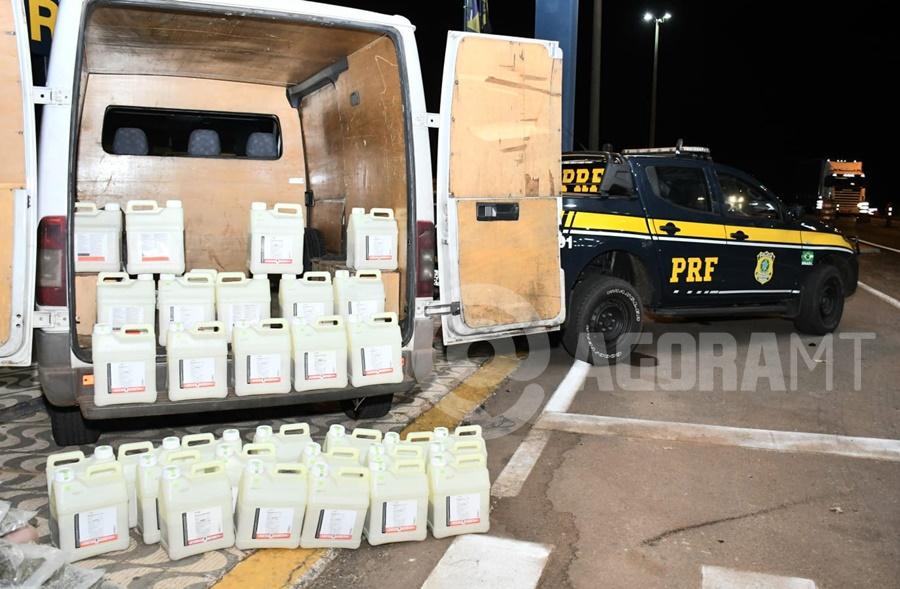 Imagem: Inceticidas apreendidos PRF aperta fiscalização e apreende mais de 30 quilos de droga e inseticida falsificado