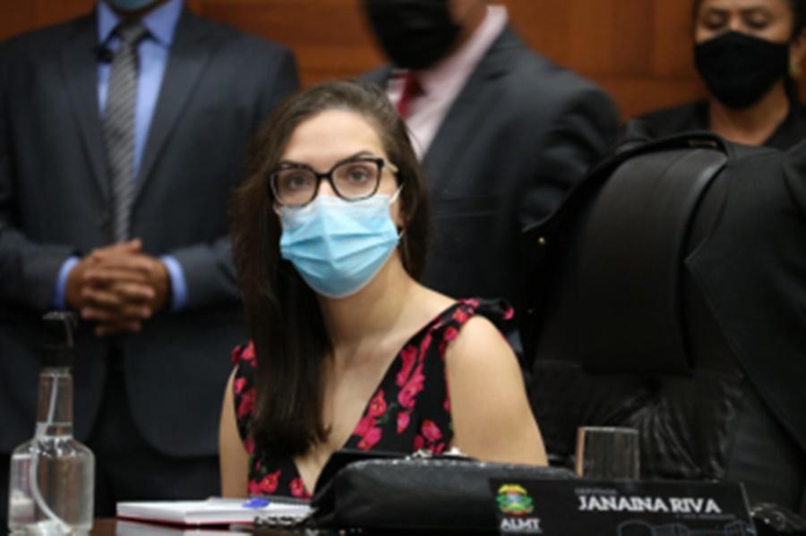 """Imagem: Janaina Riva Janaina: """"Prefeitos não querem ser massa de manobra de Emanuel"""""""