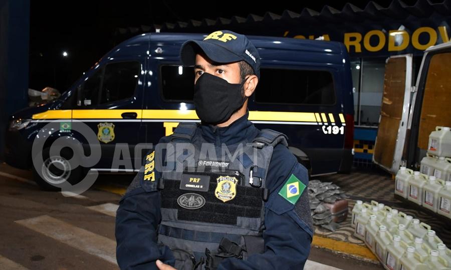 Imagem: PRF ORNELAS PRF aperta fiscalização e apreende mais de 30 quilos de droga e inseticida falsificado