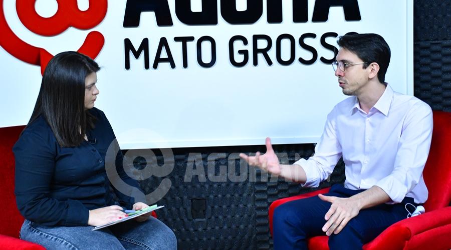 Imagem: Pedro Luiz Silva e Vandreia em entrevista Em entrevista, Pedro Luiz Silva diz que pretende trazer mais transparência à gestão da Santa Casa