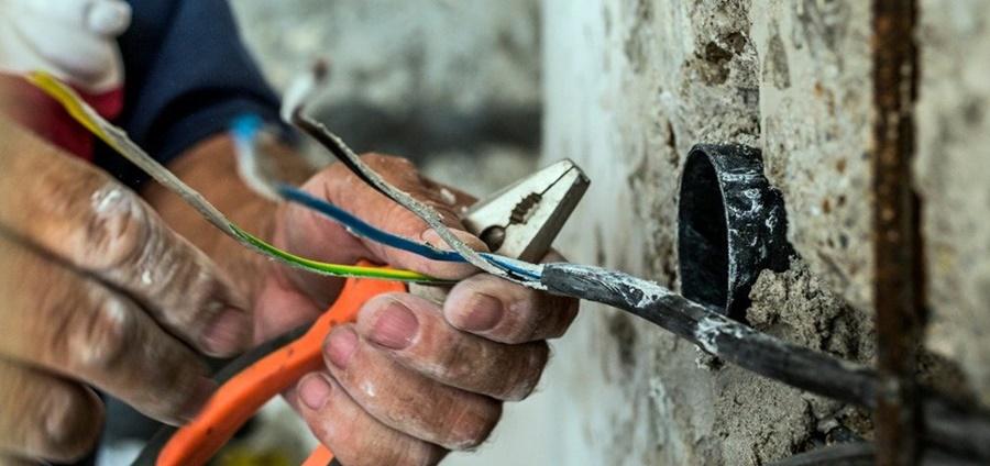 Imagem: acidente eletricos Acidentes elétricos matam 402 pessoas no Brasil no primeiro semestre de 2021