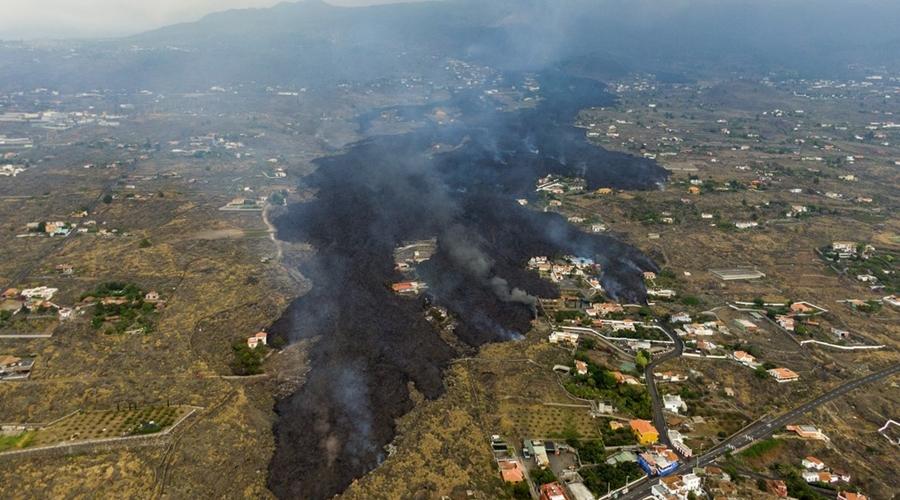 Imagem: ap21264565218477 Erupção do vulcão nas Canárias pode durar até 84 dias