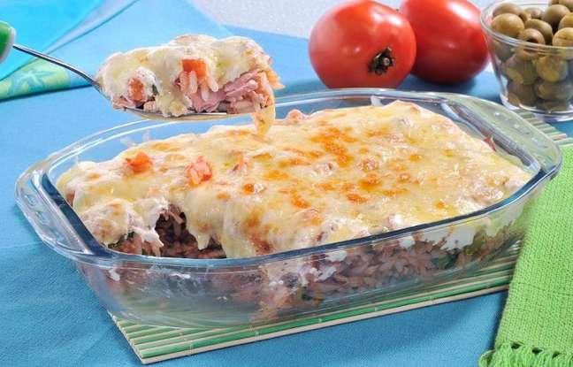 Imagem: arroz gratinado atum Aprenda a fazer 3 receitas práticas para um almoço rápido