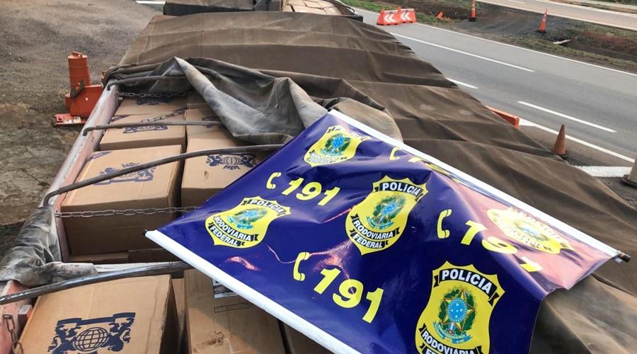 Imagem: cigarro PRF apreende carreta com 175 mil maços de cigarros contrabandeados