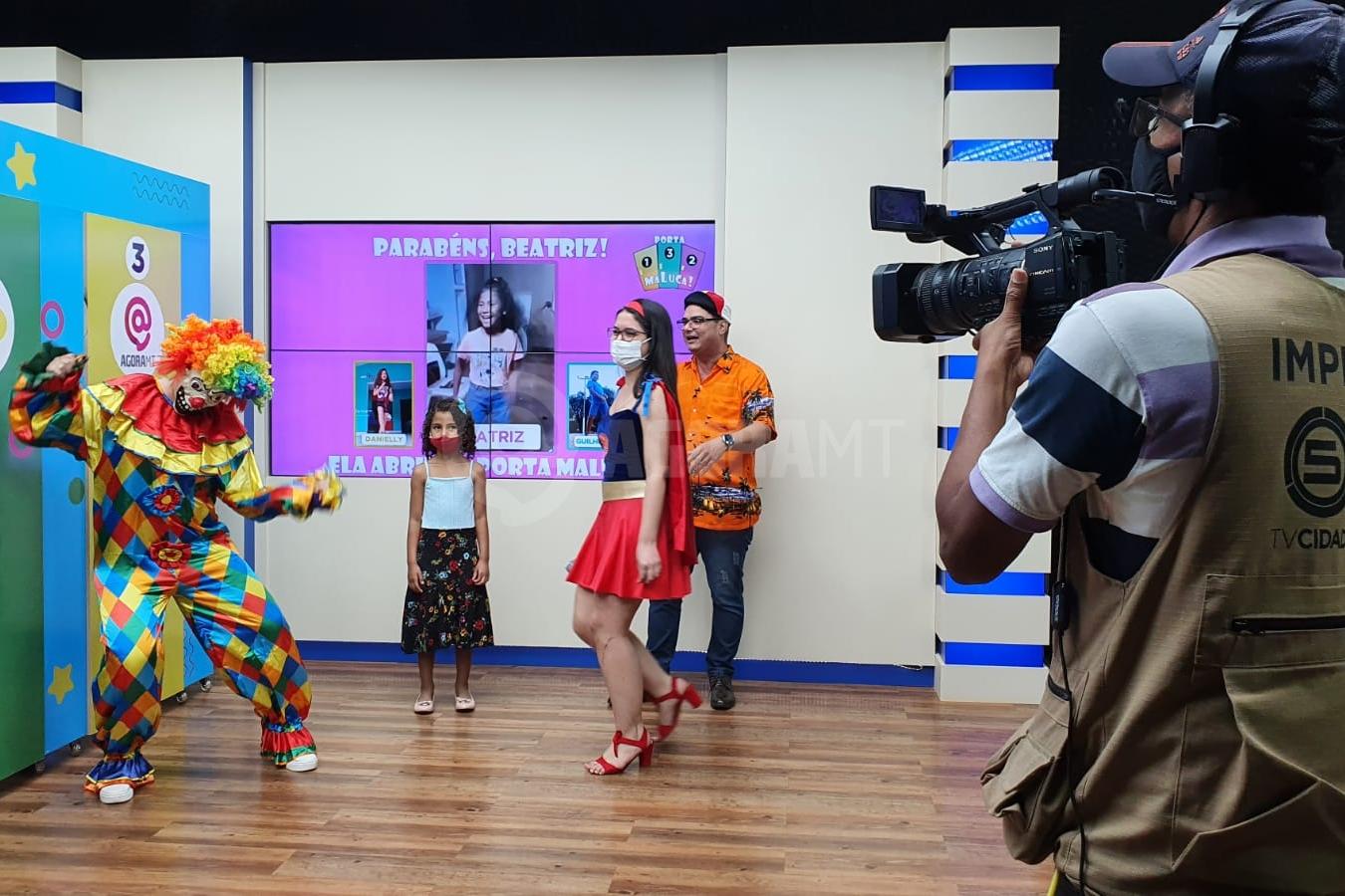 Imagem: porta maluca TV Cidade Record estreia 'Porta Maluca', quadro especial para o Dia das Crianças