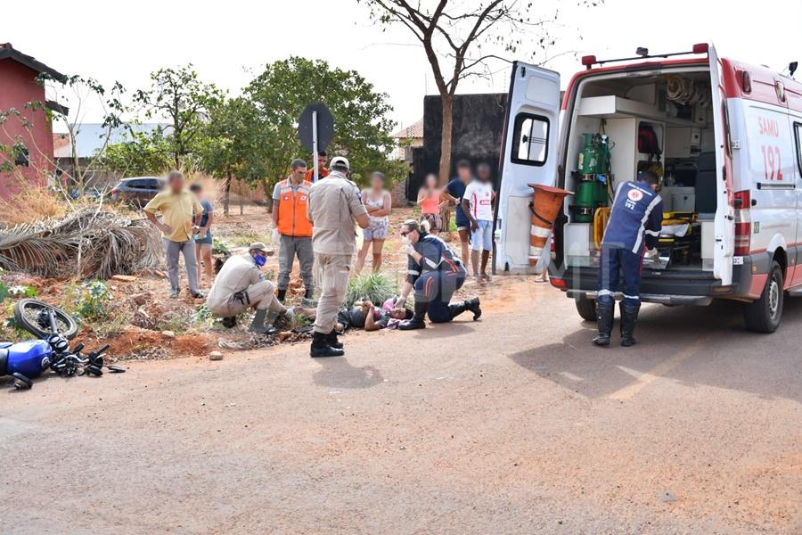 Imagem: socorro medico Carro capota e motociclista tem fratura exposta em acidente no Parque São Jorge