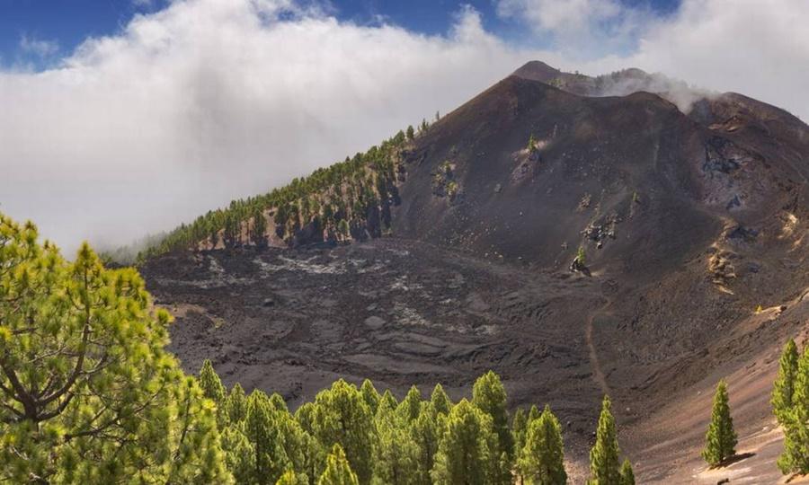 Imagem: vulcao Cumbre Vieja nas Ilhas Canarias Foto Vulcão capaz de gerar tsunami no Brasil entra em alerta amarelo de erupção