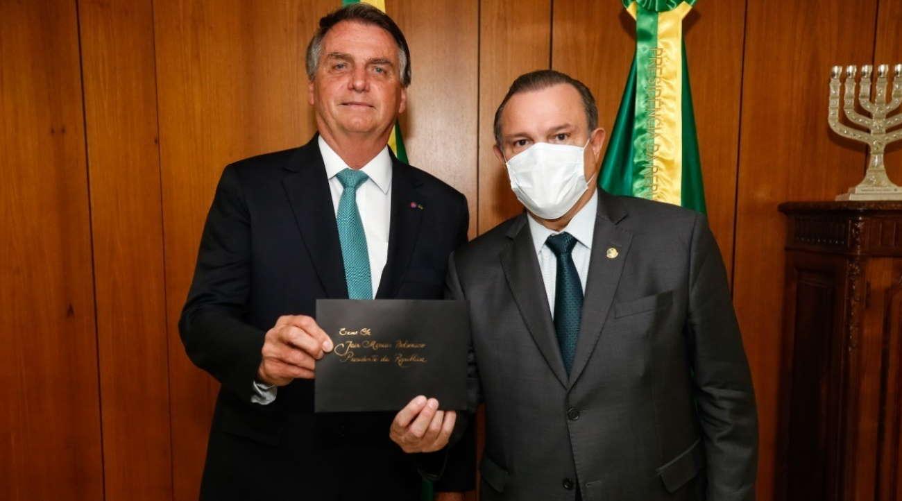 Imagem: well bolsonaro Wellington Fagundes e Bolsonaro lançam obras da Fico