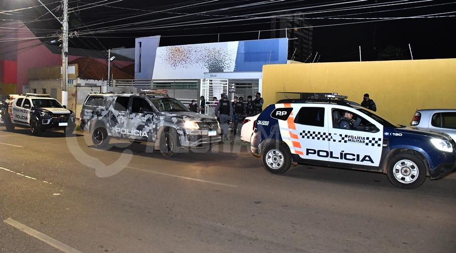 Imagem: Local onde a vitima estava em carcere privado Caminhoneiro acorda dois dias após ser dopado e é resgatado de cárcere privado