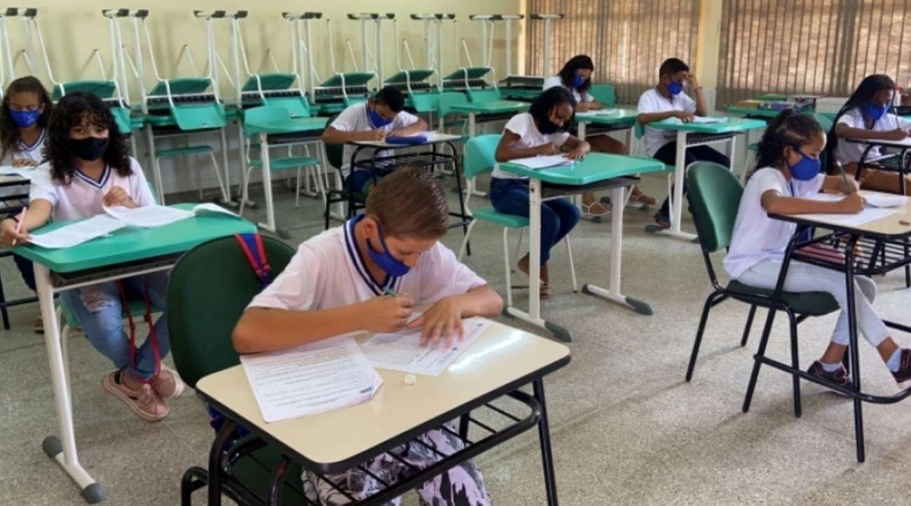 Imagem: escola jaciara Jaciara segue Estado e retomará aulas 100% presenciais na segunda-feira